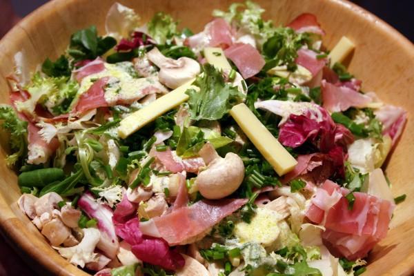 roszponka jest składzie wielu zielonych sałatek